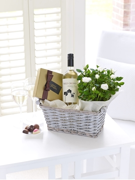 Picture of Luxury White Wine Gift Basket