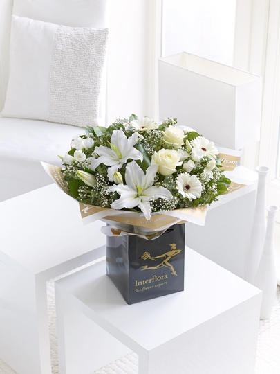Picture of White Radiance Sympathy Hand-tied Lge