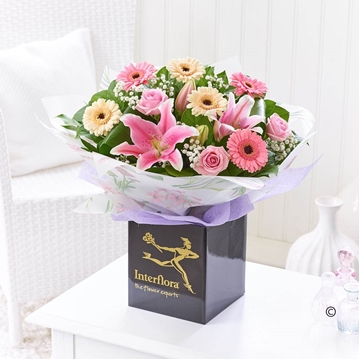 Picture of Mother's Day Hand-tied