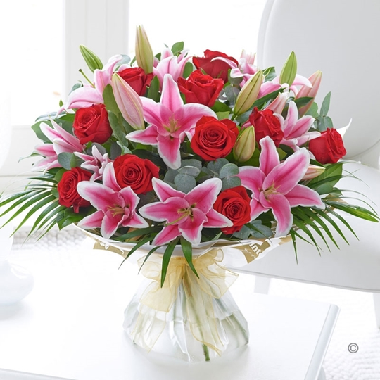 Picture of Red Rose and Pink Lily Hand-tied Xl