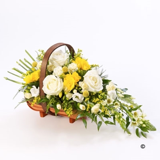 Picture of Mixed Basket - Yellow and White Lge