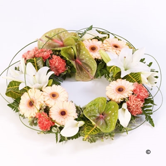 Picture of Exotic Wreath