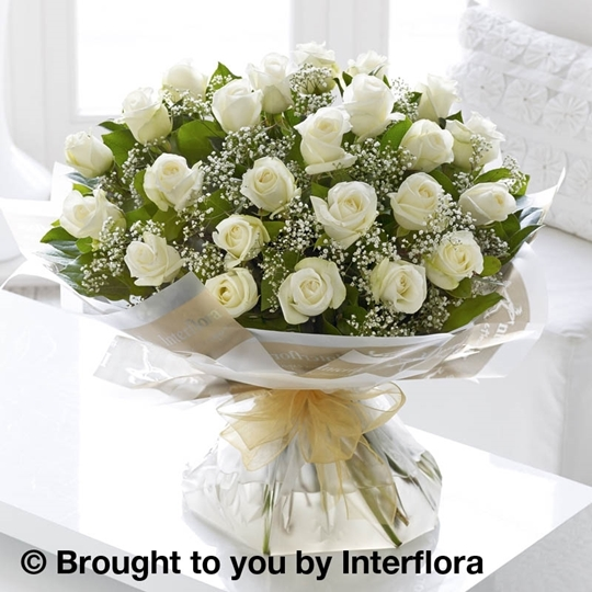 Picture of Heavenly 24 White Rose Hand-tied