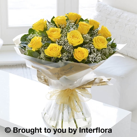 Picture of Heavenly 12 Yellow Rose Hand-tied