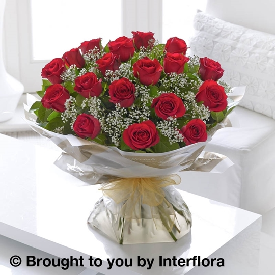 Picture of Heavenly 18 Red Rose Hand-tied