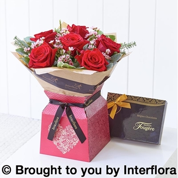 Picture of Always Gift Box With Chocolates
