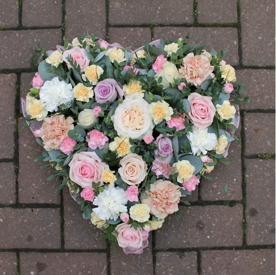 Picture of Rose And Carnation Pastel Heart