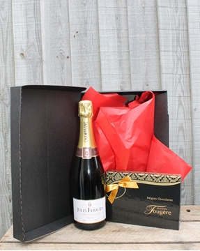 Picture of Champagne & Chocolates