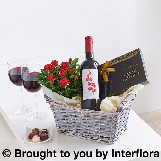 Picture of Luxury Red Wine Gift Basket