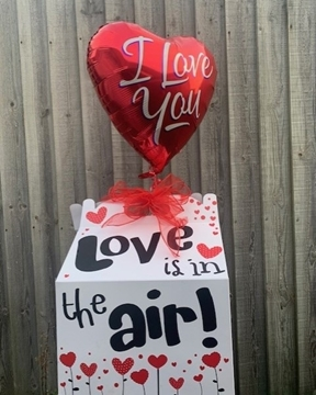 Picture of Love Is In The Air Balloon