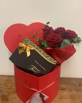 Picture of Romance Red Rose & Chocolates Heart Box
