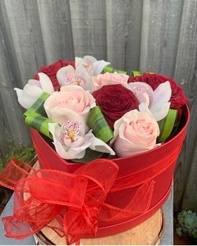 Picture of Rose & Orchid Heart Box
