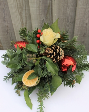 Picture of Winter Posy