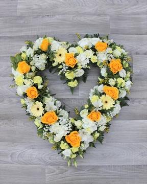 Picture of Yellow and Ivory Heart