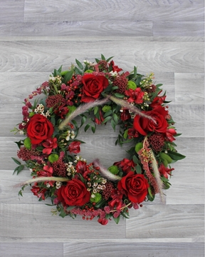 Picture of Mixed Wreath - Red