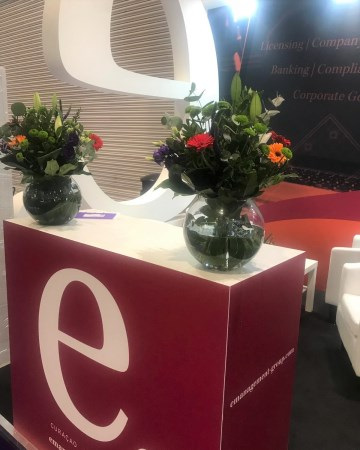 Lily, Gerbera & Lisianthus Vase Display For ICE Totally Gaming