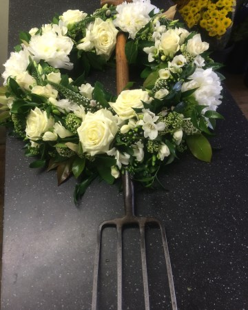Garden Fork With Wreath