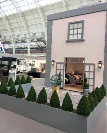 Buxus feature - Olympia London
