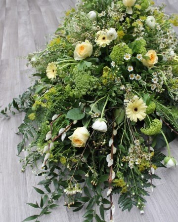 Country Garden Casket Spray In Lemon And Ivory