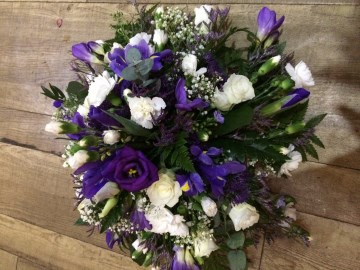 Posy Display - Purple - Ivory - Lilac