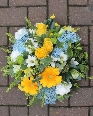 Posy Display -Yellows and Ivory With Blue Bows