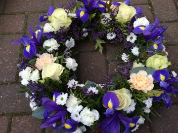 Wreath Display - Ivory - Blue - Purple