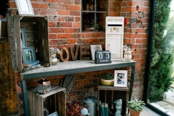 Entrance styling at Shustoke Farm Barns- vintage post box for hire
